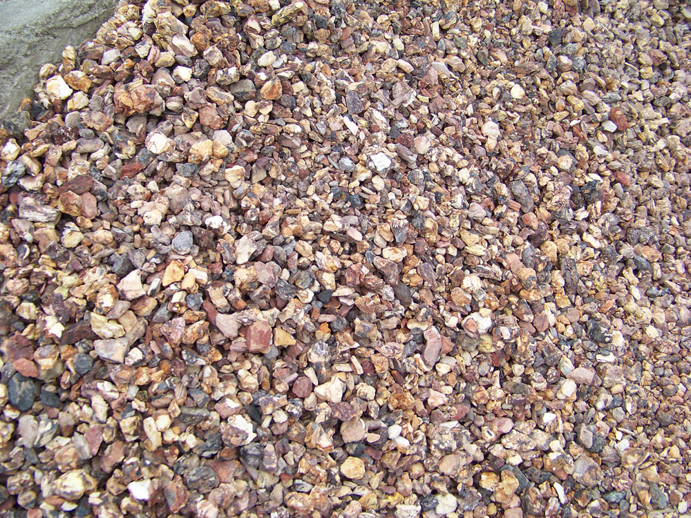 Bulk mulch and stone delivery aspinall 39 s landscaping and for Landscaping rock estimator